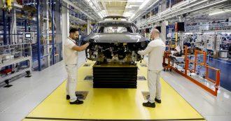 """Lavoro, Istat: """"A dicembre occupazione in discesa. Calano di 75mila i dipendenti stabili e i precari toccano un nuovo record"""""""