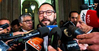"""Ex Ilva, Patuanelli: """"Per ArcelorMittal lo scudo penale è un alibi, stabilimento resti aperto"""""""