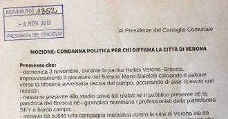 """Verona, il consigliere di maggioranza presenta mozione: """"Verona diffamata, nessun coro razzista contro Balotelli"""""""