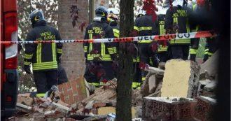 """Alessandria, esplosione in cascina disabitata: 3 pompieri morti e 3 feriti. Procuratore: """"Atto doloso, abbiamo trovato timer e bombola gas"""""""