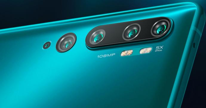 Huawei Nova 5T è lo smartphone con grande autonomia e un buon comparto fotografico, prezzo alto ma calerà