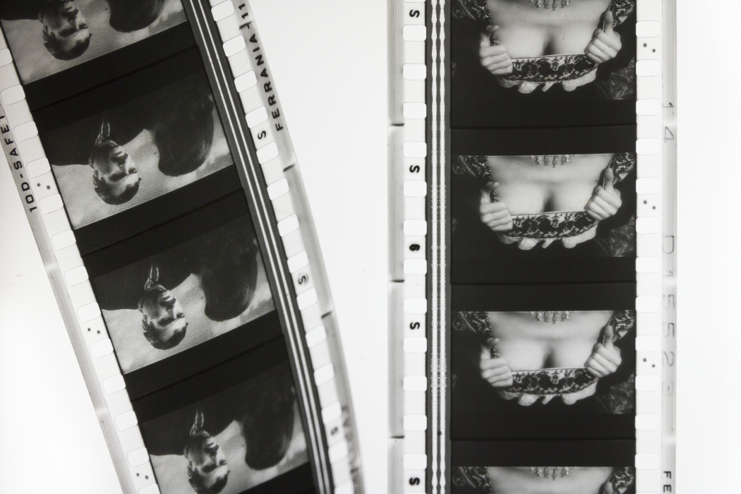 When the Towel Drops, Vol 1 | Italy, Radha May (Elisa Giardina Papa, Nupur Mathur, Bathsheba Okwenje), 2015-2019.  Scena censurata da Sete d'amore, Alfonso Corona Blake (1956).  Per gentile concessione delle artiste e MiBAC.