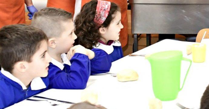 """Mense scolastiche, Cittadinanzattiva: """"Una su 3 senza porte antipanico. Solo un bimbo su 10 finisce il cibo"""""""