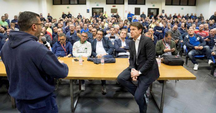 """In Edicola sul Fatto Quotidiano del 9 Novembre: Qualcuno li ascolta. Il premier risponde a chi grida """"chiusura"""", """"bonifiche"""", """"basta scudi"""""""