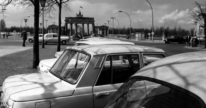 Dal Muro di Berlino ad oggi, ecco come sono cambiate le auto in trent'anni