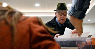 """Elezioni Spagna, i partiti spingono al voto in nome della """"stabilità politica"""". Ma l'affluenza è in calo e la maggioranza rimane lontana"""