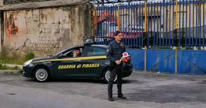 """Taormina, arrestato avvocato del Comune: """"Si è intascato oltre un milione di euro dalle bollette dell'acqua dei clienti morosi"""""""