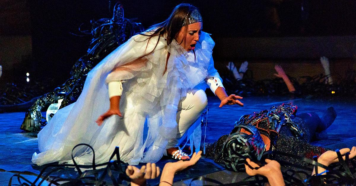 """""""Carmen paga perché troppo libera"""": le donne e la lotta per la libertà nel teatro di VoceallOpera"""