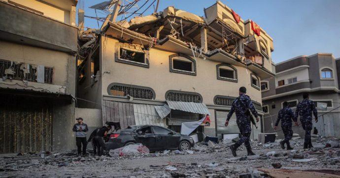 """Israele, missili contro 2 capi della Jihad a Gaza e Damasco. Hamas: """"Risposta senza limiti"""". Idf invia blindati e fanteria a ridosso della Striscia"""