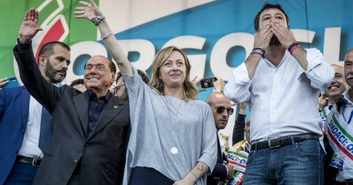 """Caso Gregoretti, Salvini raduna i suoi in attesa del processo tra """"verità nascoste"""" sul Covid-19 e immigrazione. E Berlusconi ai suoi: """"Andate"""""""
