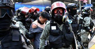 """Hong Kong, Trump firma legge a favore delle proteste: sanzioni se si violano diritti umani. Cina convoca ambasciatore: """"Contromisure"""""""