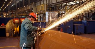 """Ex Ilva, 250 operai in cassa integrazione per almeno 2 mesi. Mittal: """"Scarse materie prime e poche commesse. Fermiamo l'acciaieria 1"""""""