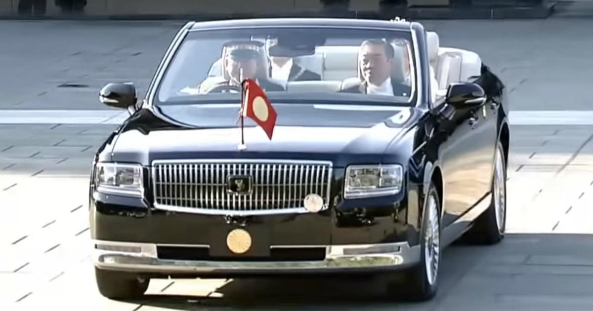 Una Toyota Century cabriolet per il nuovo imperatore giapponese – FOTO