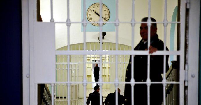 """Milano, """"pestarono e intimidirono un detenuto di San Vittore per non farlo testimoniare"""": 11 agenti rinviati a giudizio"""