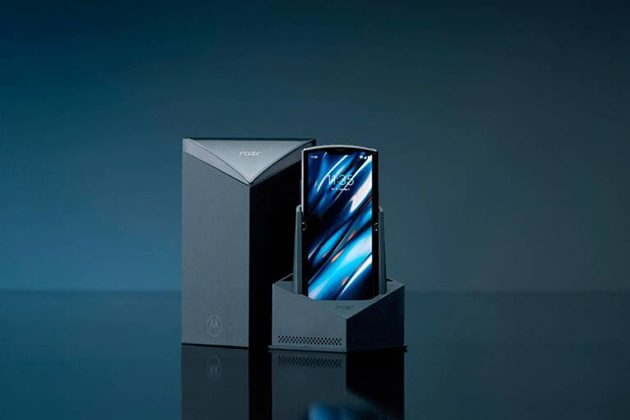 RAZR 2019, Motorola reinventa un'icona hi tech aggiungendo l
