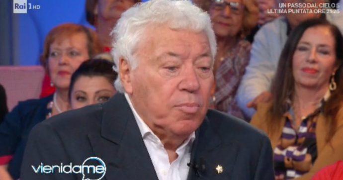 """Vieni da Me, Nicola Pietrangeli fa una serie di gaffe: """"Mi chiamavano vecchio pedofilo"""". Caterina Balivo interviene"""