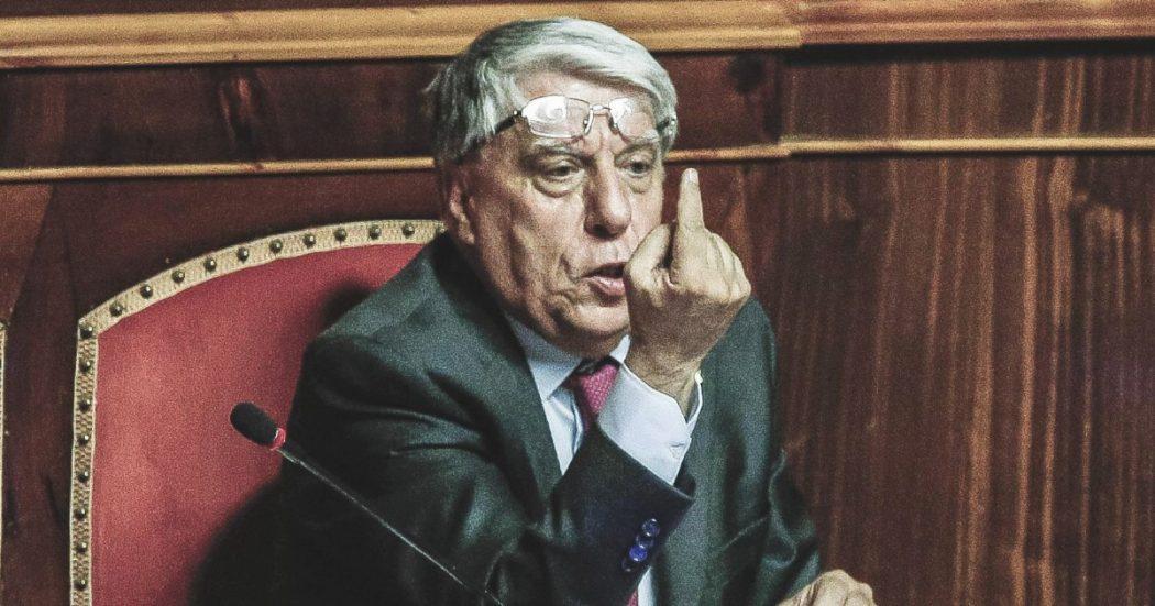 La guerra di Carlo per l'impresa in odore di boss