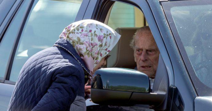 Principe Filippo, il dettaglio inquietante sulla sua bara: la rivelazione a pochi giorni dal funerale