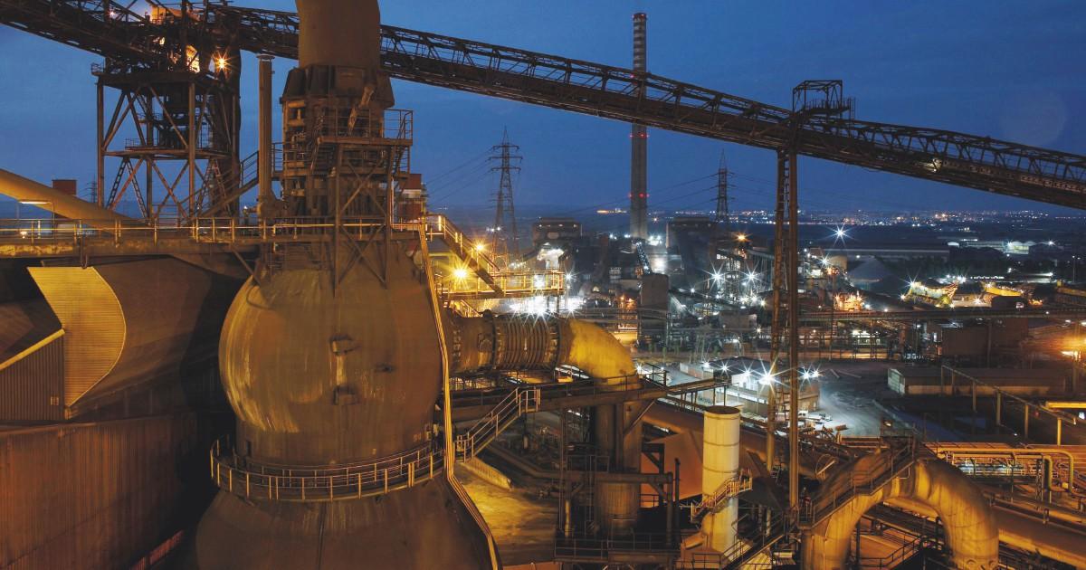 """I commissari Ilva contro Mittal: """"Causati danni per 500 milioni"""""""