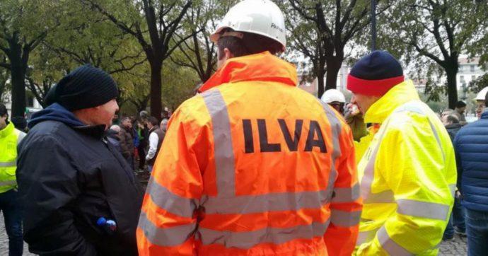 """Ilva, ArcelorMittal """"precetta"""" i lavoratori in vista dello sciopero di martedì. I sindacati: """"Vietano di fatto di partecipare al corteo"""""""