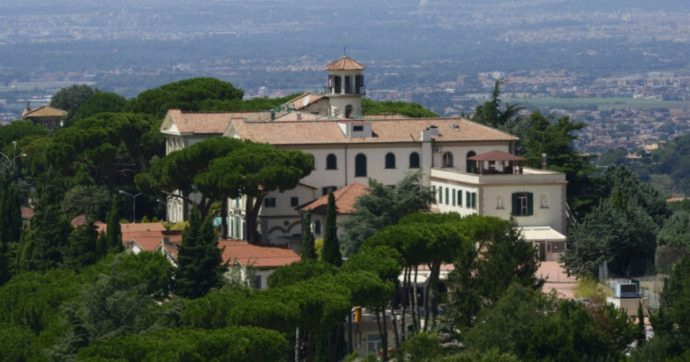 Ini, ricatto per un incarico da 250mila euro: ai domiciliari carabiniere e sindacalista. Indagato Barillari, consigliere M5s Lazio