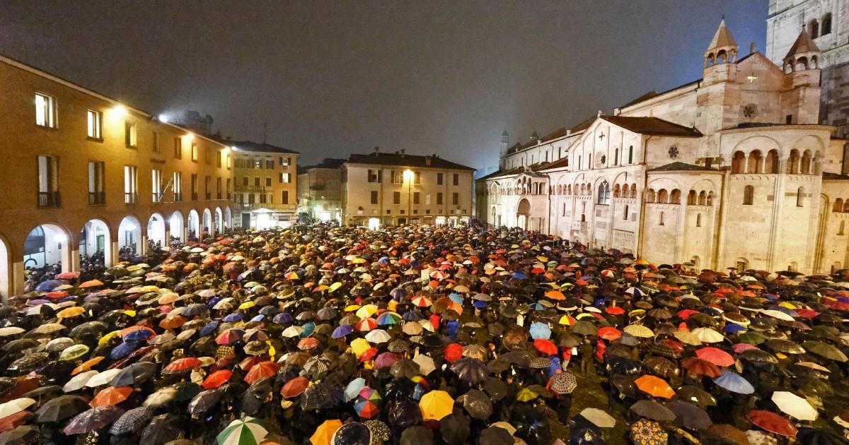Sardine, dopo il successo di Bologna e Modena il movimento cresce: migliaia di adesioni da Milano a Genova,… - Il Fatto Quotidiano