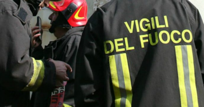 Genova, auto si capovolge e due persone muoiono carbonizzate. Un terzo uomo ferito