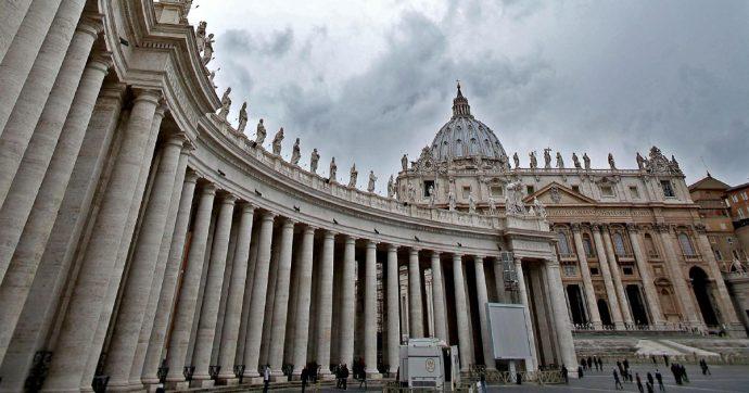 """Vaticano, un caso Covid nella residenza di Papa Francesco: """"Asintomatico, in isolamento"""""""