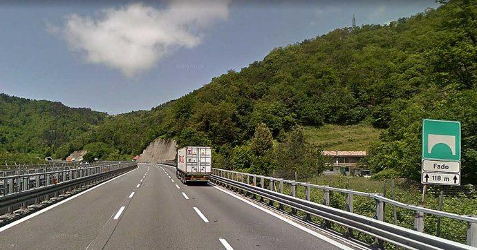"""A26, la procura di Genova impone la chiusura ad Autostrade: verifiche su due ponti. """"Viadotti Pecetti e Fado sono a rischio"""""""