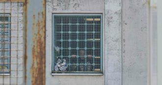 """Coronavirus, un drone con sei cellulari atterra nel carcere di Secondigliano. Penitenziaria: """"Flusso di telefoni non viene contrastato"""""""