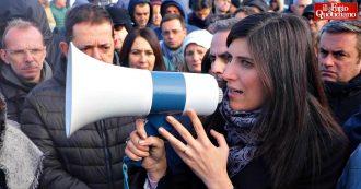 """Ex Embraco, protesta dei lavoratori davanti alla fabbrica. Appendino: """"Dentro non c'è nulla, l'industrializzazione non è partita"""""""
