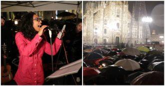 """Milano, 25mila Sardine in piazza Duomo: """"Ripartiamo dalla Costituzione, oggi trascurata dalla politica"""""""