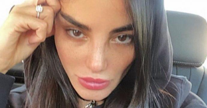 """Chiara Biasi, infuria la polemica sulle parole dell'influencer: """"Io per 80 mila euro manco mi alzo al mattino e mi pettino i capelli"""". Poi si scusa"""