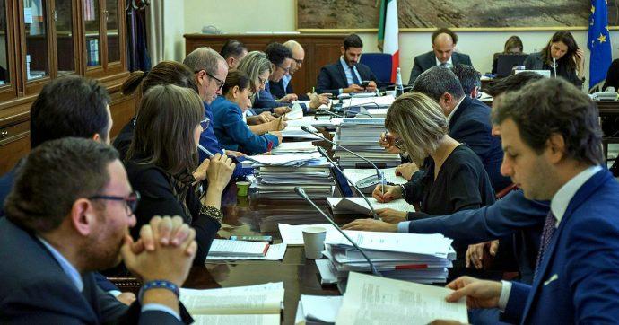 Carcere per i grandi evasori, da Commissione finanze via libera alle modifiche. Italia Viva di Renzi vota no