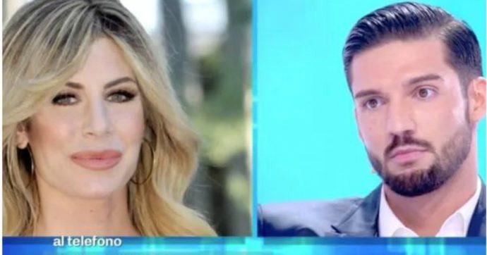"""Domenica Live, Moreno Merlo contro l'ex fidanzata Paola Caruso: """"Mi ha picchiato, ecco le prove"""""""