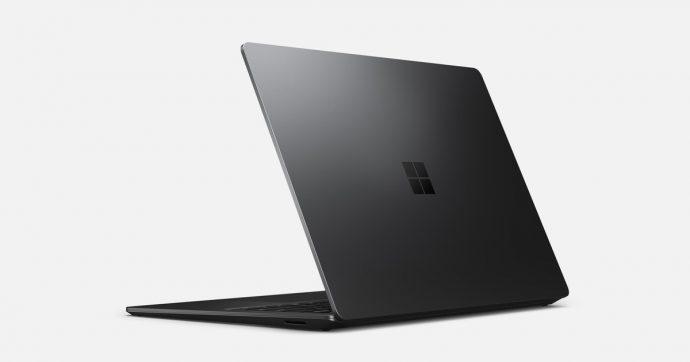 Surface Laptop 3 13.5″: abbiamo messo alla prova la terza generazione del notebook premium di Microsoft