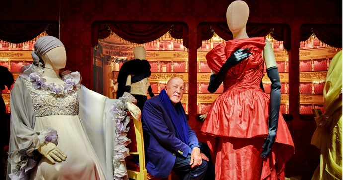 """Prima della Scala, i palchi """"salotto dei salotti"""" e pezzo di storia tra potere e scandali: da Foscolo e le sue amanti a Manzoni e le sue carte"""