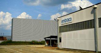"""Ex Embraco, """"la Ventures ha svuotato le casse"""" mentre l'impianto rimaneva inattivo con 400 operai a casa: blitz Finanza a Riva di Chieri"""