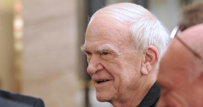 Milan Kundera, ci sono voluti quarant'anni per riconsegnare la cittadinanza a un uomo-simbolo