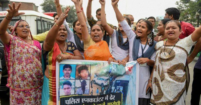 India, stuprano ragazza e la ammazzano: uccisi dalla polizia. A Unnao violentatori bruciano 25enne che li aveva denunciati