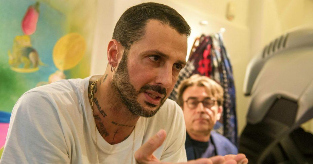 Coronavirus, Fabrizio Corona chiama il personal trainer a casa: diffidato dal Tribunale di Milano