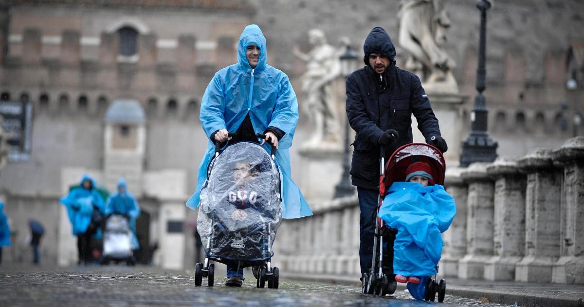 """""""Non riesco più a seguire i figli"""": un genitore su 3 si licenzia"""