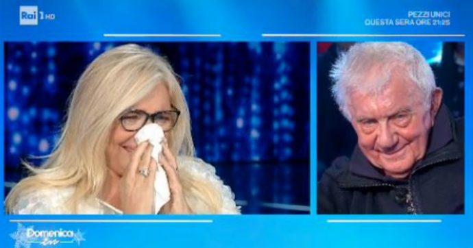 """Domenica In, Mara Venier non trattiene le lacrime con Don Mazzi: """"Quando mio padre è morto, lui lo ha sostituito"""""""