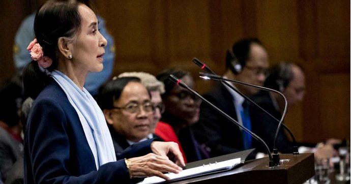 """Aung San Suu Kyi a L'Aia difende il Myanmar dalle accuse di genocidio contro i Rohingya: """"Quadro fuorviante e incompleto"""""""