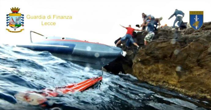 """Traffico migranti, 13 arresti. Soldi via mare, tariffe da 6mila euro e """"sbarchi fantasma"""": gli affari dell'organizzazione siriano-brindisina"""