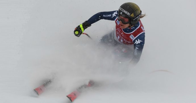 Sci, Sofia Goggia prima senza un bastoncino nel SuperG davanti a Federica Brignone: è doppietta azzurra a Saint Moritz