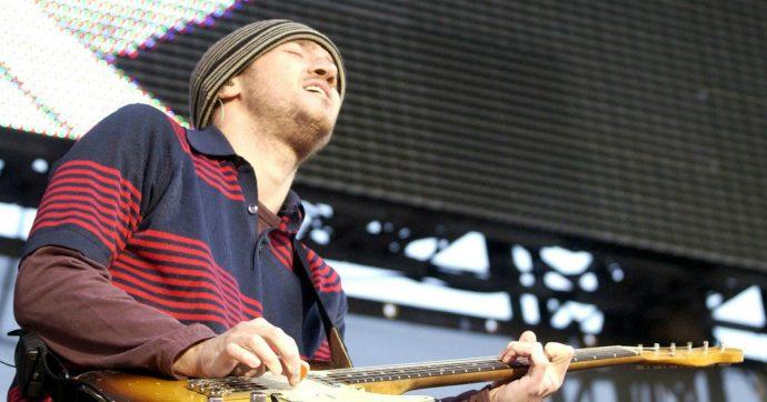 """Red Hot Chili Peppers, John Frusciante ritorna nel gruppo: la """"maledizione"""" della band con i chitarristi"""
