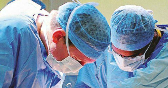 Impiantava stent con farmaci scaduti nei pazienti: ex primario condannato a 7 anni