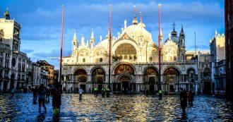Venezia, Mose attivato (per ora) solo con alta marea e barriere per San Marco in ritardo: perché la Basilica sarà sott'acqua fino al 2021