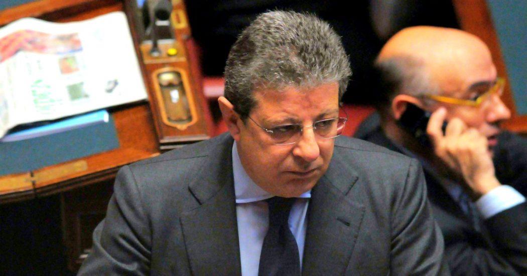 """Giancarlo Pittelli, l'ex senatore Fi 'passepartout' delle cosche. """"Cerniera tra due mondi, massone che metteva in contatto 'ndrine e istituzioni"""""""